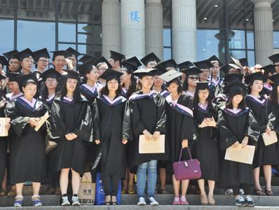 文静女同学通过领秀教育圆了大学梦!